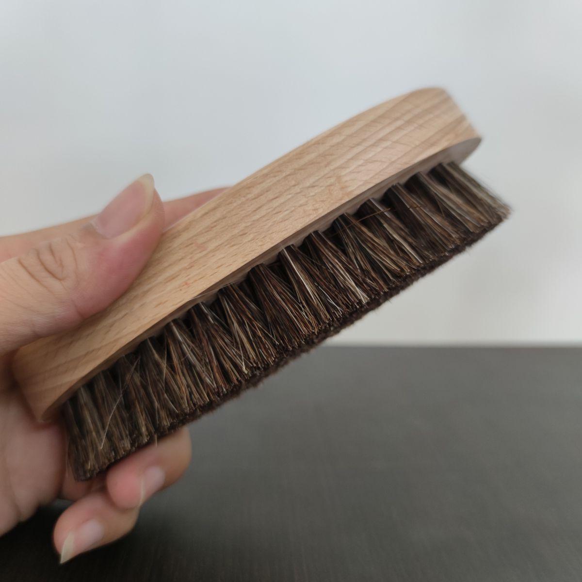 bàn chải lông nghựa đánh giày tây saphir
