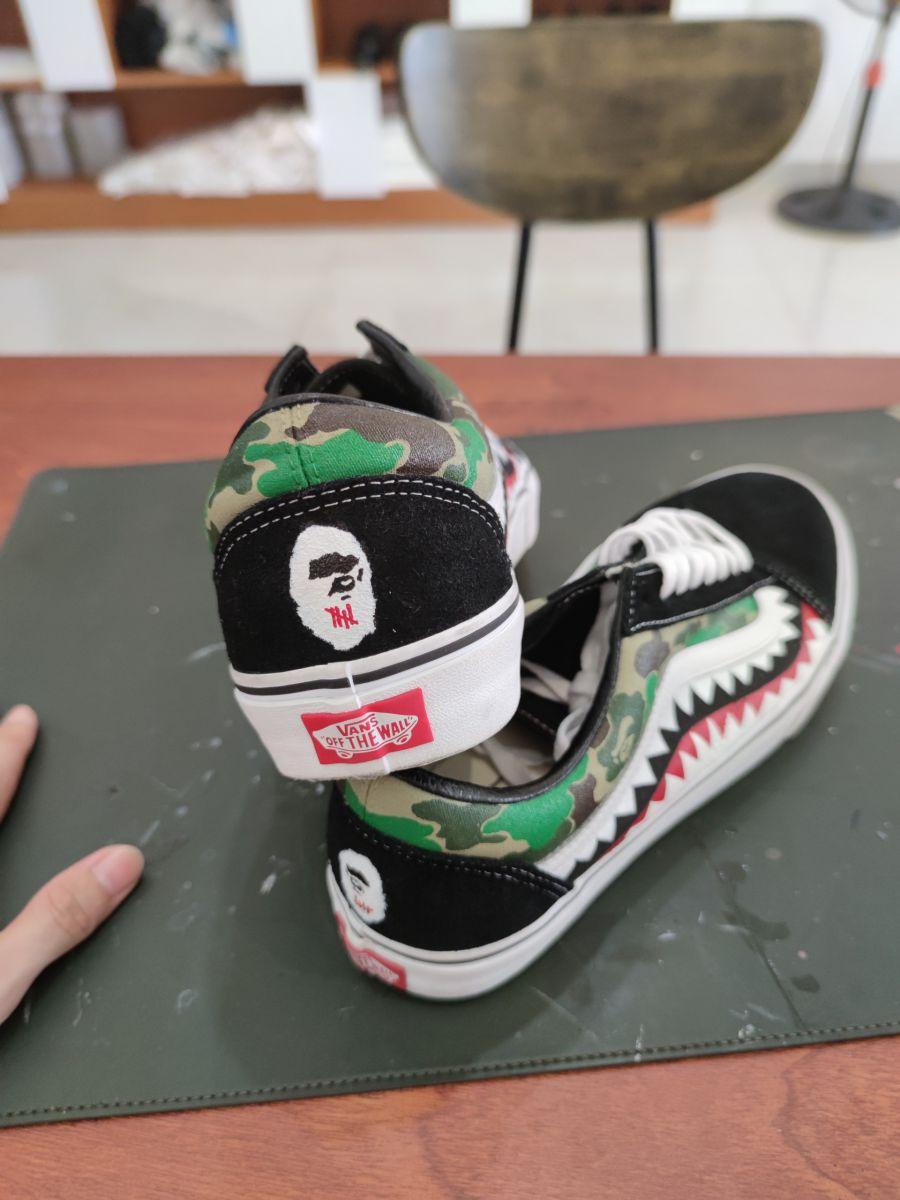vẽ giày vans
